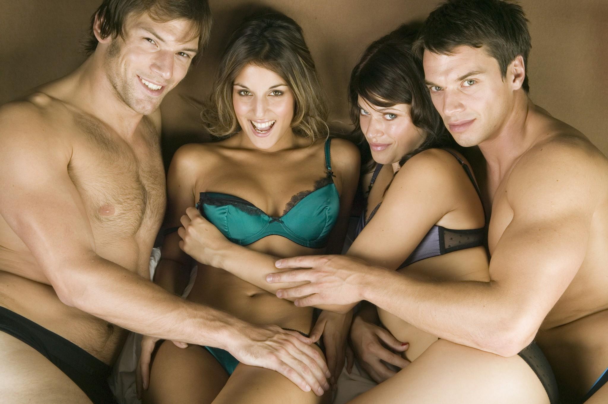 Почему свинг знакомства — это законно и правильно?
